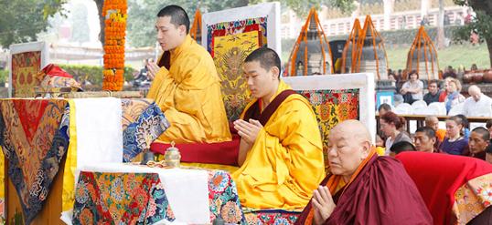 The 17th Karmapa leading ceremonies at the Kagyu Monlam in Bodh Gaya